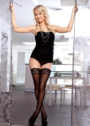 Girls Stockings Porn Pictures