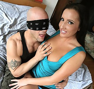 Girls Blindfold Porn Pictures