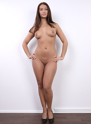 The hooters restaurant girls naked