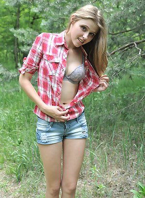 Young Girls Porn Pictures
