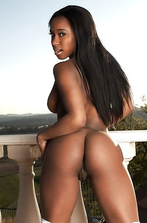 Very sexy ebony women
