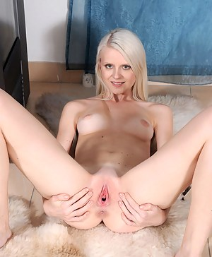 Girls Pussy Porn Pictures