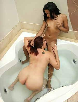 Lesbian Girls Interracial Porn Pictures