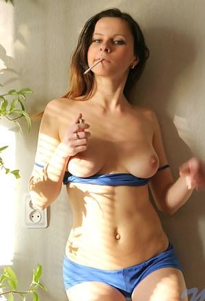 Girls Smoking Porn Pictures